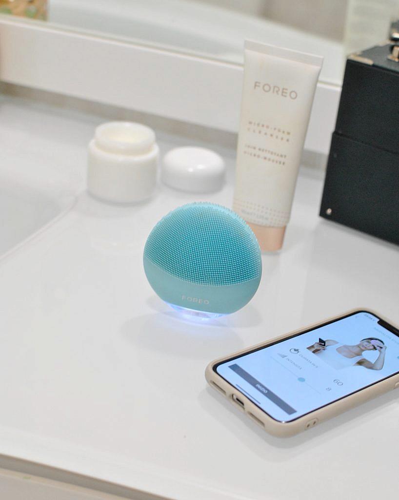 FOREO LUNA mini 3 Mint, FOREO Micro-Foam Cleanser, detergente per il viso delicato in forma di schiuma